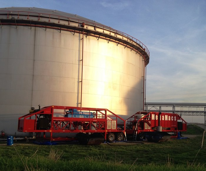 oil tank and reservoir cleaning oil tank cleaning equipment